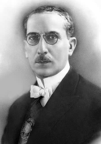 Artur Bernardes