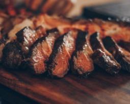 As 12 melhores carnes para churrasco (com dicas para iniciantes)