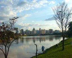 Emprego, educação, saúde e segurança: as 15 melhores cidades para se viver no Brasil em 2018