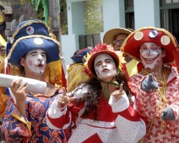 As 18 melhores marchinhas de Carnaval que jamais saem de moda