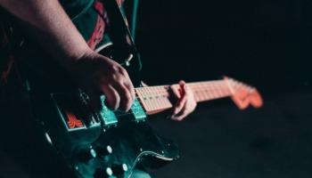 Os 22 melhores guitarristas do mundo! Vote no seu preferido