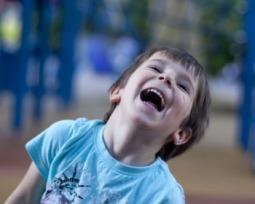 As 25 melhores piadas de Joãozinho para rir muito com os amigos!
