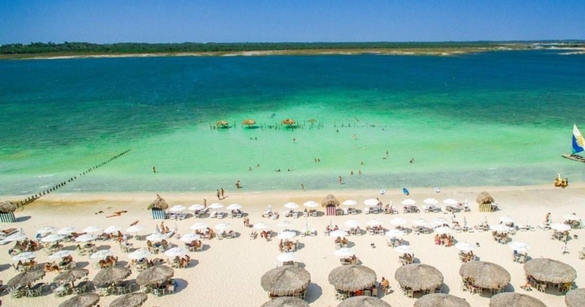As 15 melhores praias do Brasil (votadas pelos internautas
