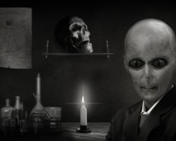 As 12 teorias da conspiração mais loucas em que muita gente acredita